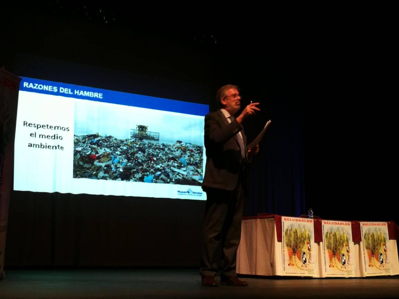 """4ª Jornada: XXII Jornadas de Educaciones y Sociedad """"Saludables"""" 11"""
