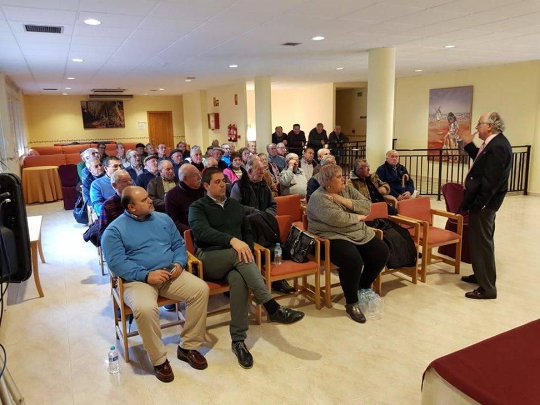 PSOE de Herencia celebra una Asamblea abierta de pensiones 4