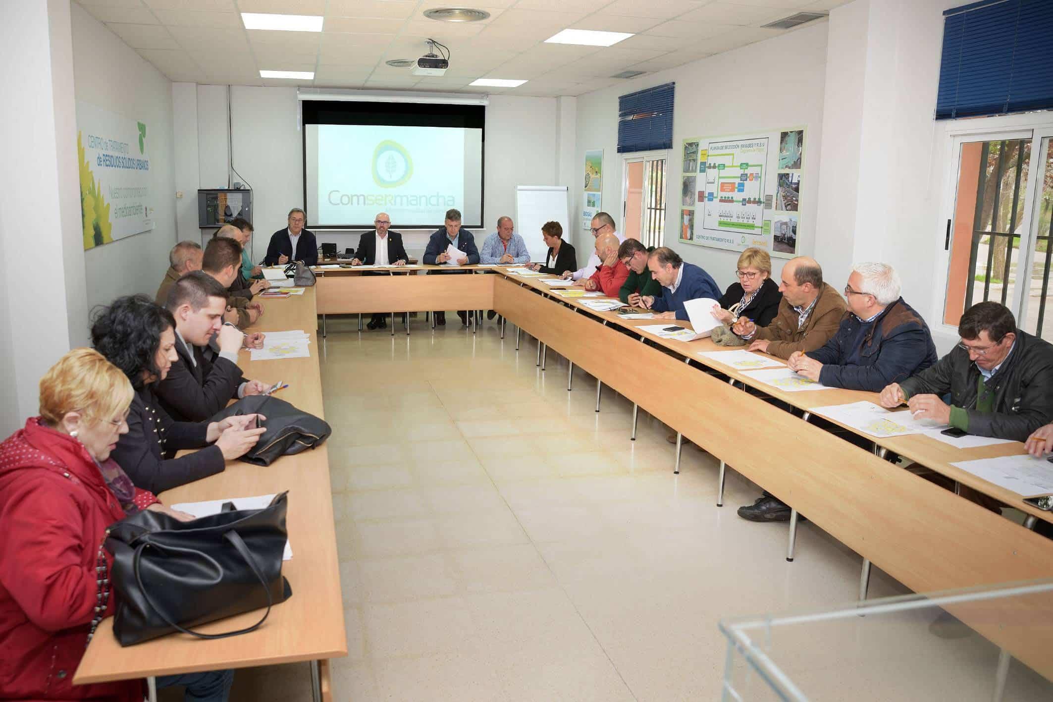Comsermancha celebra la sesión plenaria del mes de abril en la planta de RSU 6