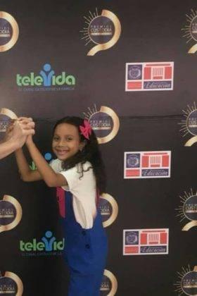 Corito Chichigua premio Custoria 2018 de Republica Dominicana11 280x420 - Corito Chichigua premio al ministerio musical infantilde Santo Domingo