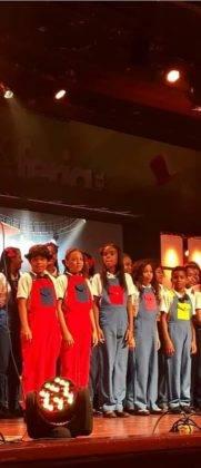 Corito Chichigua premio al ministerio musical infantilde Santo Domingo 20