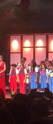 Corito Chichigua premio al ministerio musical infantilde Santo Domingo 19