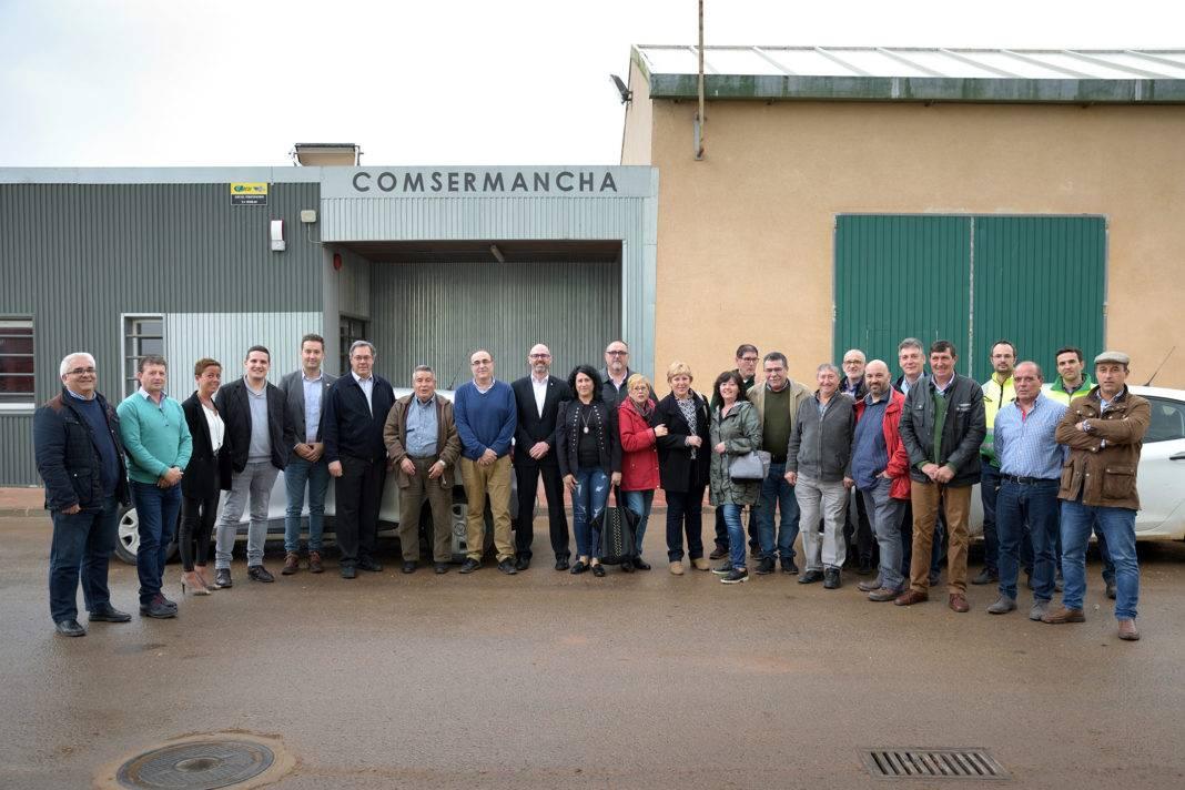 La Corporación de Comsermancha visita la planta de RSU y el Patronato 4