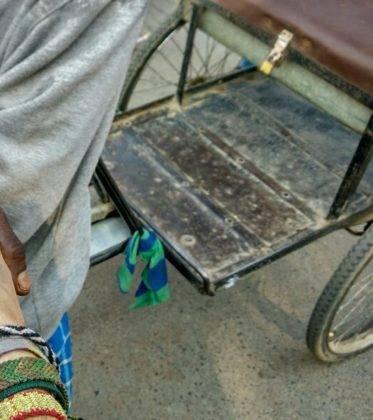 Elias Perle por el Mundo12 373x420 - Perlé de Cuaresma recorriendo India de Oeste a Este. Etapas 321 a 358
