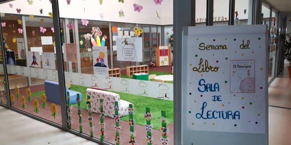 """Escuela Infantil de Herencia homenaje a El Principito1 - La Escuela Infantil recuerda el libro de """"El Principito"""" en su 75 aniversario"""