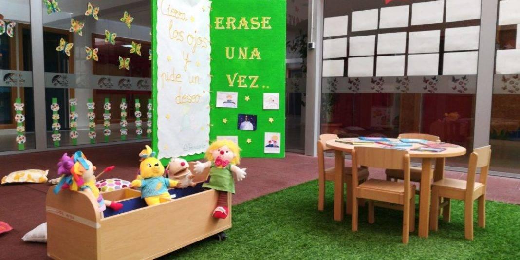 """Escuela Infantil de Herencia homenaje a El Principito2 1068x534 - La Escuela Infantil recuerda el libro de """"El Principito"""" en su 75 aniversario"""