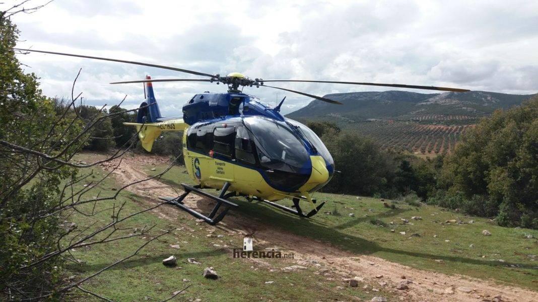 accidente pozo del agua helicoptero sescam 1068x601 - Actualización: Accidente y rescate en la sierra de los pozos del agua