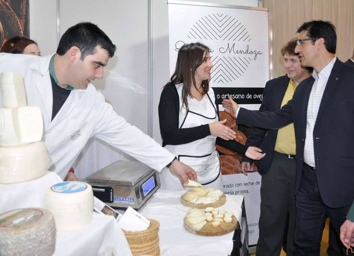 """Caballero inaugura el sábado """"Los Sabores del Quijote"""" dedicada al queso 3"""