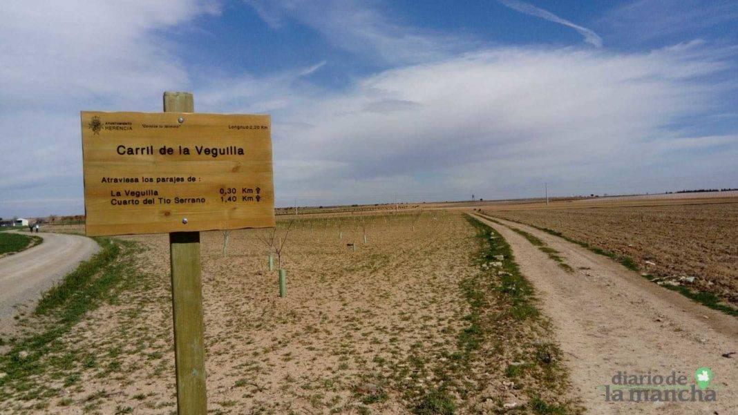 caminos herencia senales 1068x601 - Iniciada la segunda fase de señalización de caminos rurales y parajes
