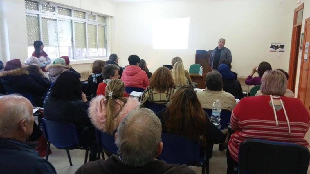 caritas sesion formativa 2 1068x601 - Cáritas participó en la sesión formativa en Herencia