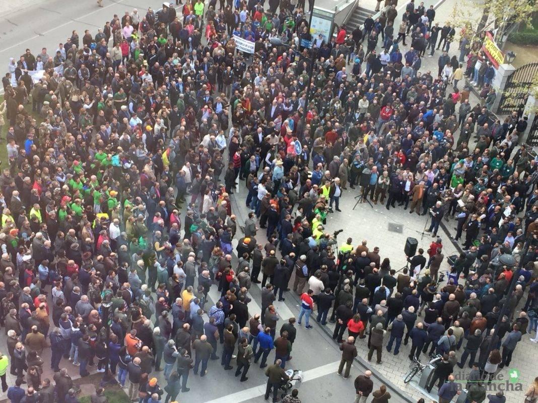 Miles de cazadores toman las calles de Castilla-La Mancha para reivindicar la caza 18