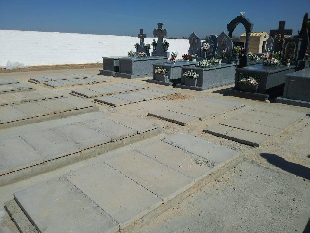 construccion nuevas fosas cementerio municipal herencia 2 - Tubyder suministra el material para las nuevas fosas del Cementerio Municipal de Herencia