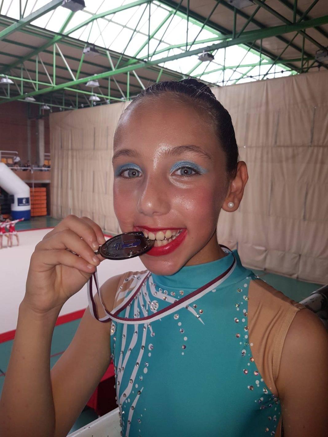 Celia Martín subcampeona regional alevín de gimnasia rítmica 16