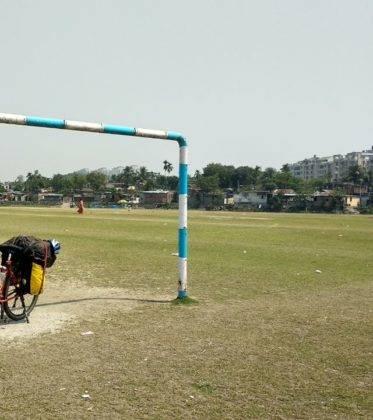 Elías Escribano llega a Bangladesh. Crónica de Perlé por el mundo 122