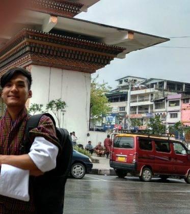 Elias Escrina Perle por el mundo y sus peripecias hasta llegar a Bangla Desh13 373x420 - Elías Escribano llega a Bangladesh. Crónica de Perlé por el mundo