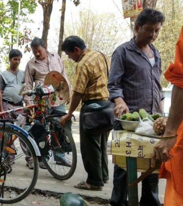 Elías Escribano llega a Bangladesh. Crónica de Perlé por el mundo 117