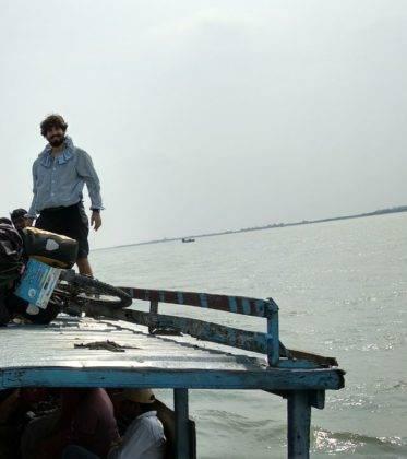 Elías Escribano llega a Bangladesh. Crónica de Perlé por el mundo 106