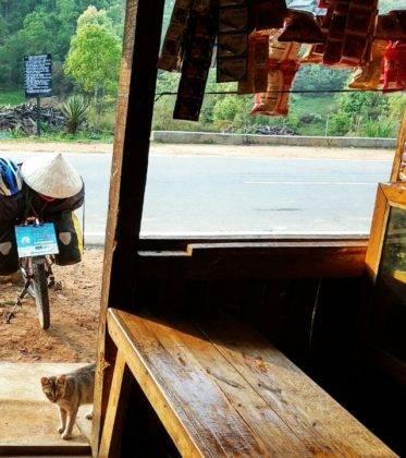 Elías Escribano llega a Bangladesh. Crónica de Perlé por el mundo 81