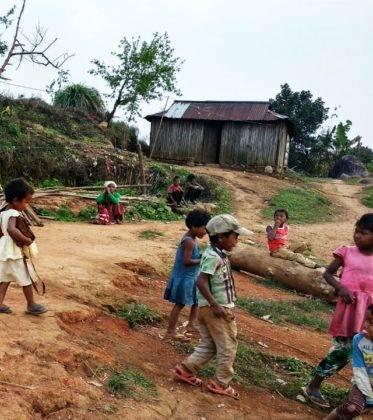 Elías Escribano llega a Bangladesh. Crónica de Perlé por el mundo 80