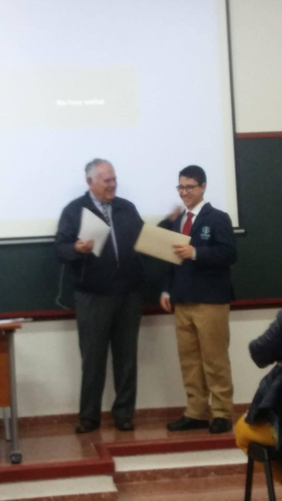 Juan Garcia gana el concurso de relatos de la asociacion amigos del seminario1 - Jóvenes de la parroquia de Herencia premiados por la asociación de Amigos del Seminario