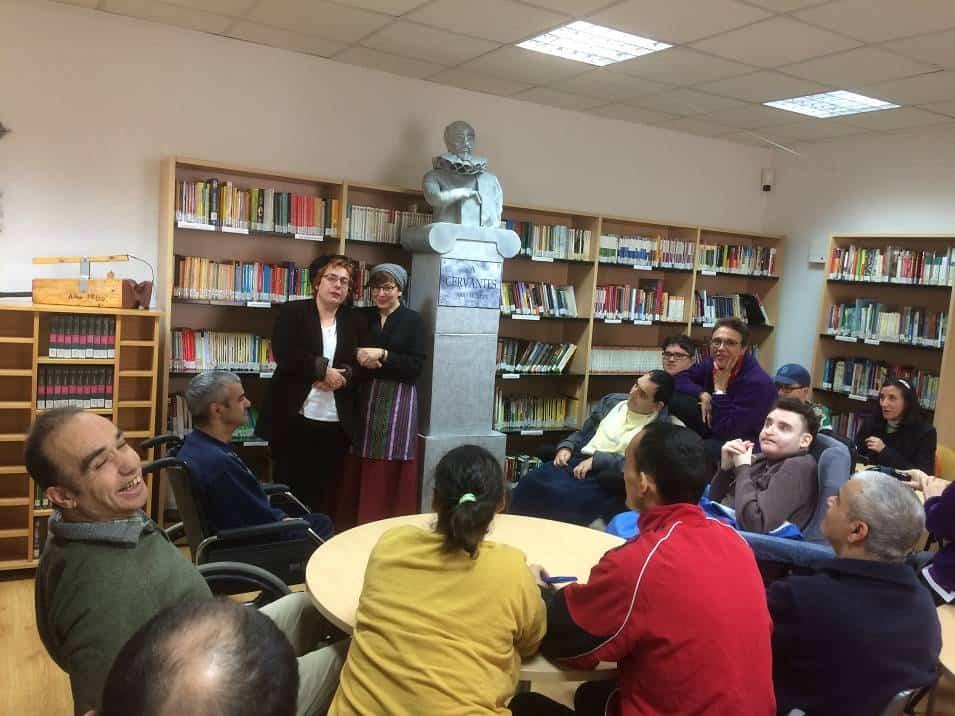 El Picazuelo visita la biblioteca municipal y participa en su programa de animación lectora 3