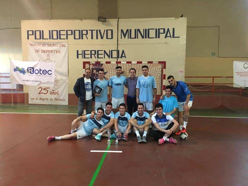 """campeon torneo villa del queso herencia - Bar Stylo-J&A campeón del I Torneo """"Villa del Queso"""" en Herencia"""