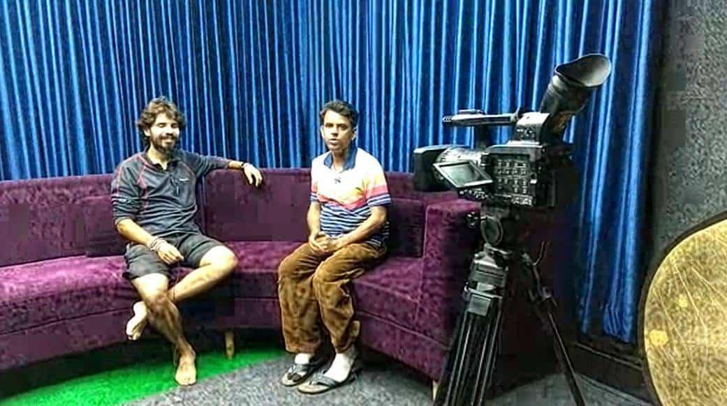 en la tele india - Perlé llegado a Dhaka vuela a Bangkok por su cumpleaños.