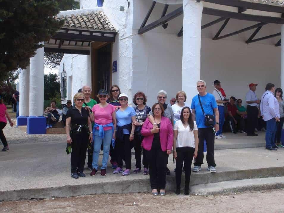 mayores de Herencia de Senderismo en Campo de Criptana - Los mayores de Herencia de senderismo por Campo de Criptana