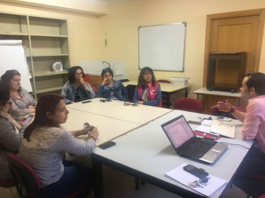 reuniones padres escuelas deportivas herencia 1068x801 - Las Escuelas Deportivas de Herencia se reúnen con padres y madres