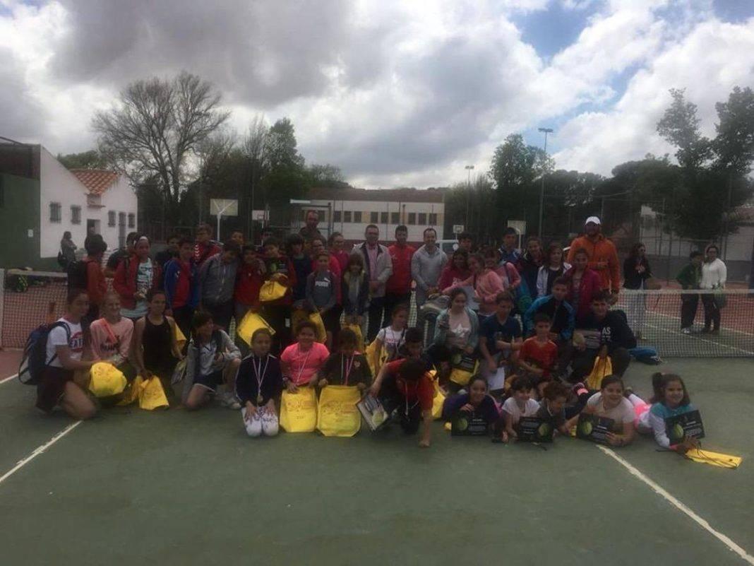 Entrega de trofeos del I Torneo Interescuelas de Tenis y Pádel 57