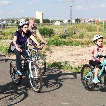 IX Marcha en bicicleta contra el cancer53 420x420 - Galería de fotos y vídeo de la XI Marcha en bicicleta