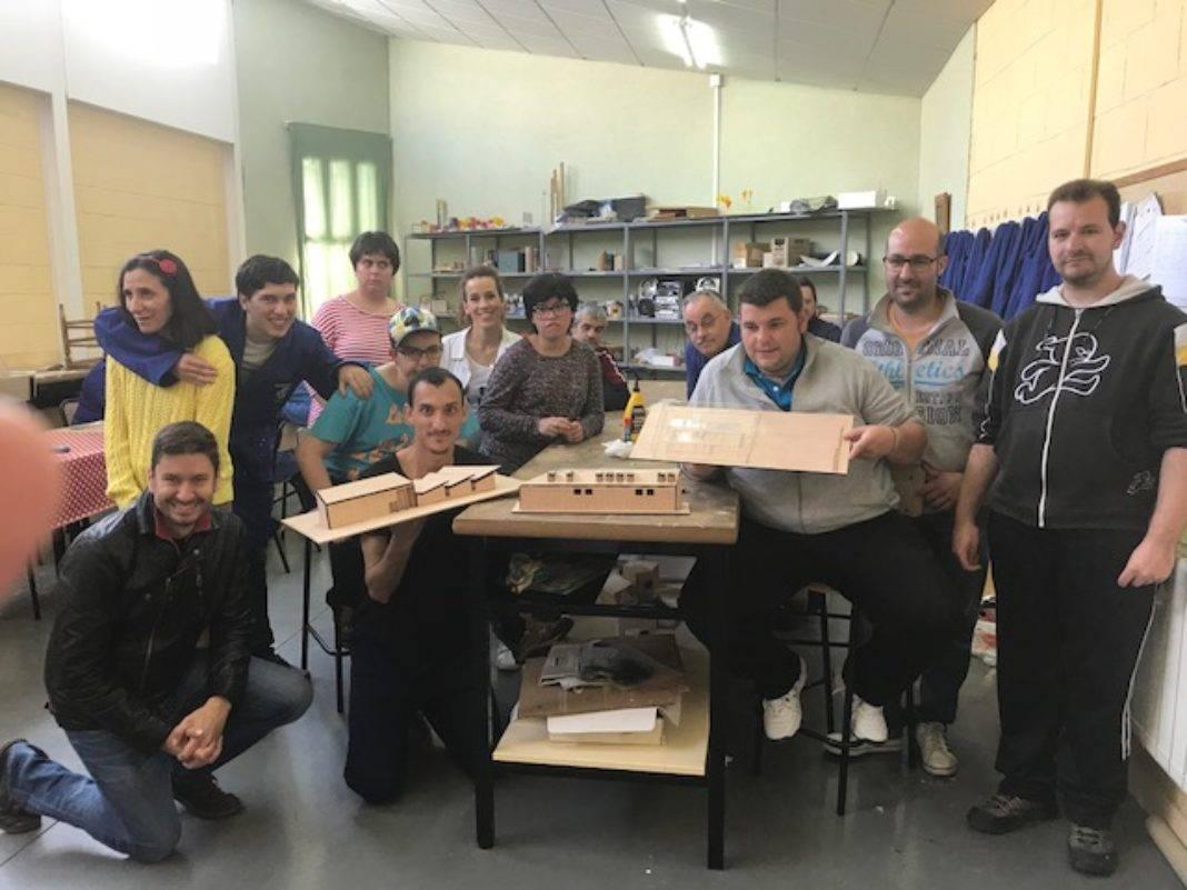 Traza2 finaliza su taller de maquetas en el centro ocupacional El Picazuelo 13