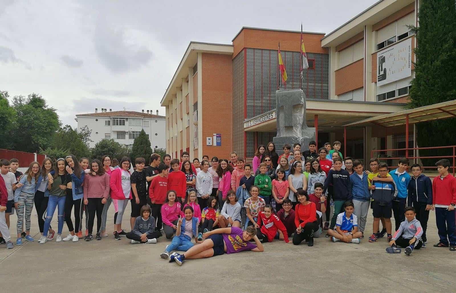 nuevo alumando hermogenez rodriguez - La responsabilidad de acoger al futuro alumnado en el IES Hermógenes Rodríguez