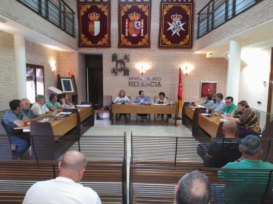 pleno ordinario junio herencia 1068x801 - Aprobado por unanimidad el reglamento del Nuevo Consejo Local de Desarrollo Económico