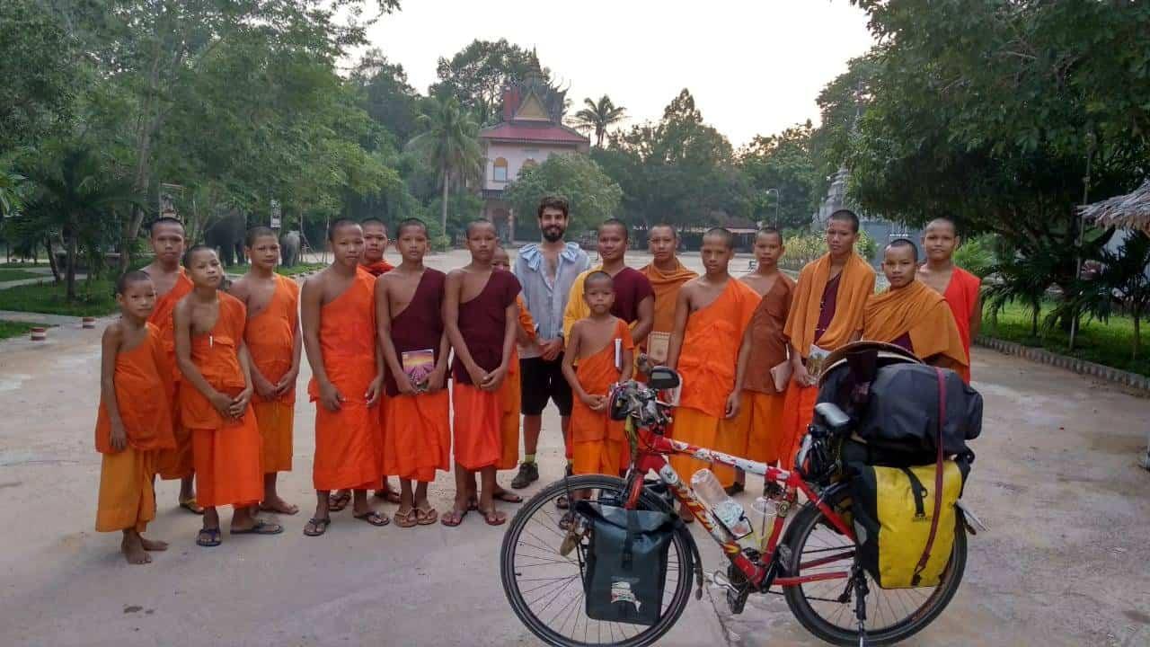 Perlé desde Tailandia reanuda su quehacer aventurero 24