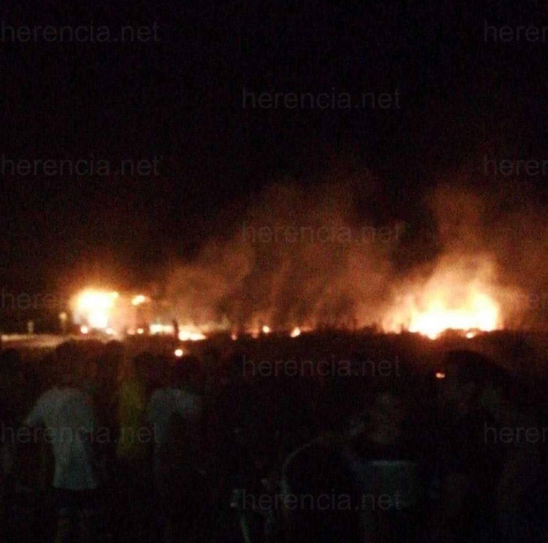 Incendio en parcela cerca de Calle de los Molinos de Herencia 9