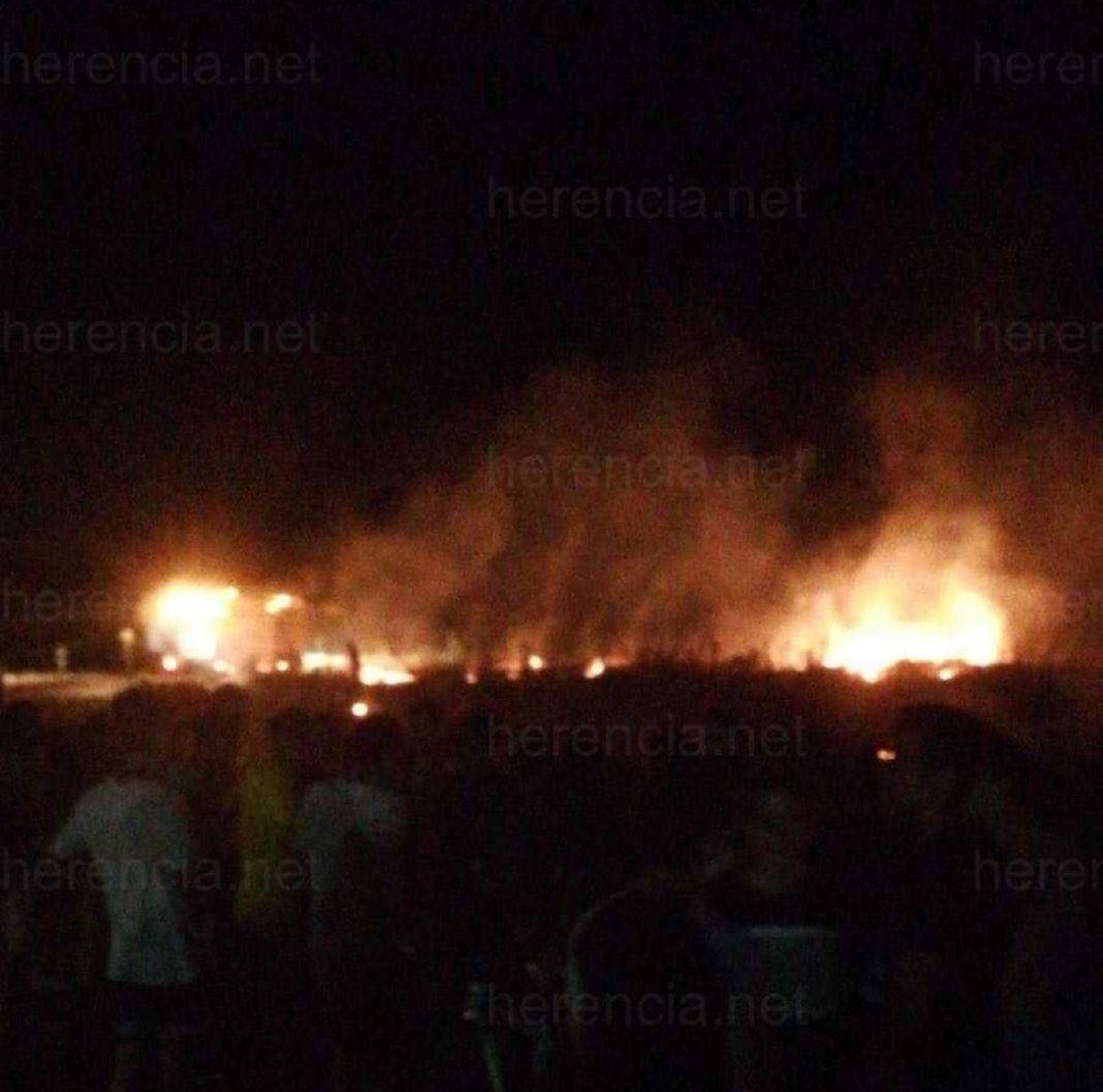 incendio herencia calle molinos 1068x1057 - Incendio en parcela cerca de Calle de los Molinos de Herencia