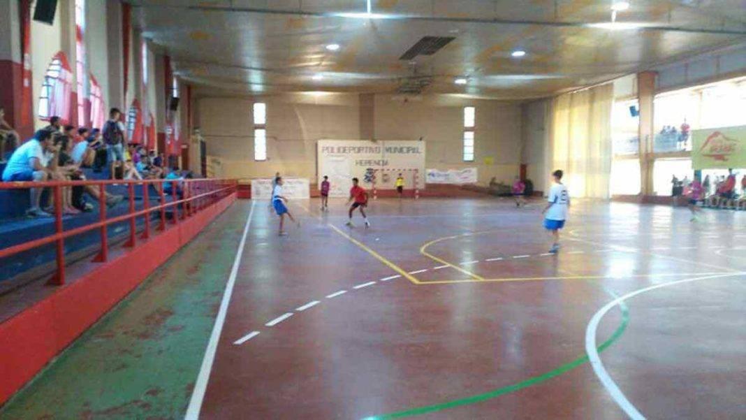 "liga infantil futbol sala herencia 8 1068x601 - Comienza la Liga Infantil de Fútbol Sala ""Jóvenes Promesas"" en Herencia"