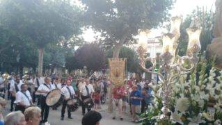 procesion virgen del carmen herencia 3 319x180 - Los Siete Pasos acompañan a la Procesión de la Virgen del Carmen en Herencia