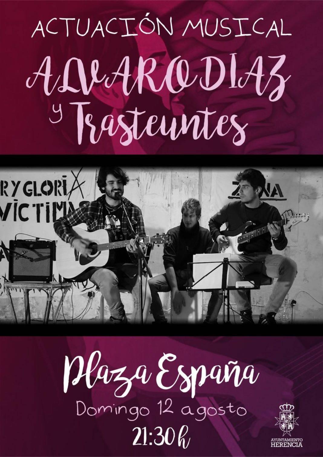 Concierto de Álvaro Díaz y Trasteuntes en la plaza de España 4