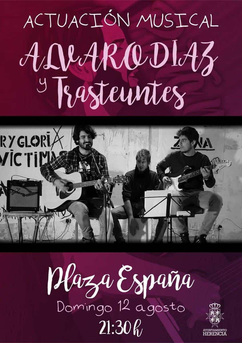 Actuacion musical Alvaro Diaz y Transeuntes - Concierto de Álvaro Díaz y Trasteuntes en la plaza de España