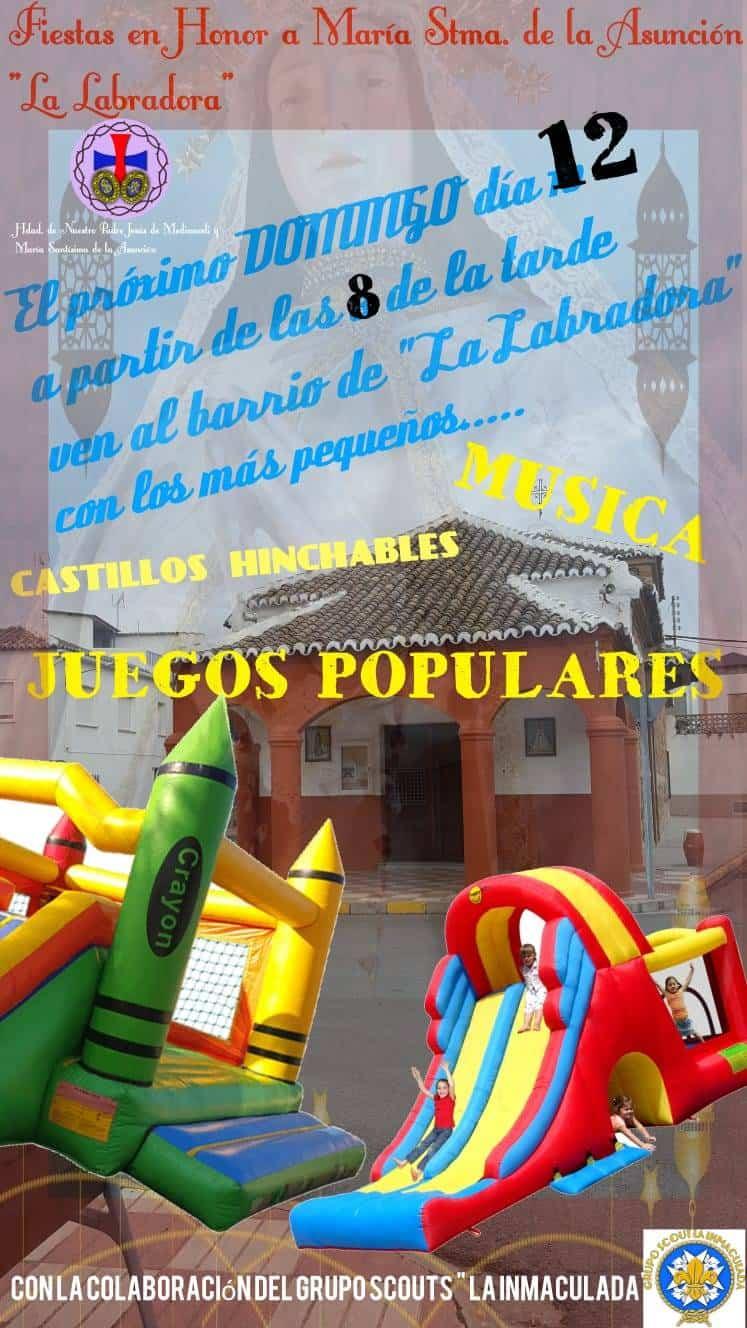 Música, juegos populares e hinchables en el barrio de La Labradora 3