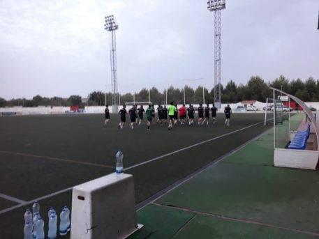 comiezon pretemporada juvenil futbol herencia 2 457x343 - Comienza la pretemporada del equipo Juvenil de Fútbol de Herencia