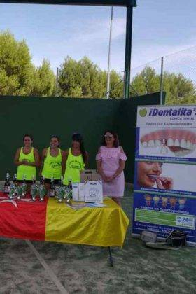 entrega premios tercer torneo padel verano herencia 17 280x420 - Entrega de premios del III Torneo de Pádel de Verano