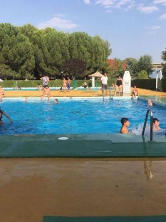 estado piscina municipal de herencia 1