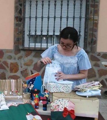 Artesanía local en las Fiestas del Barrio de La Labradora 1