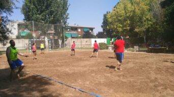 finaliza iv torneo balonmano playa herencia 38