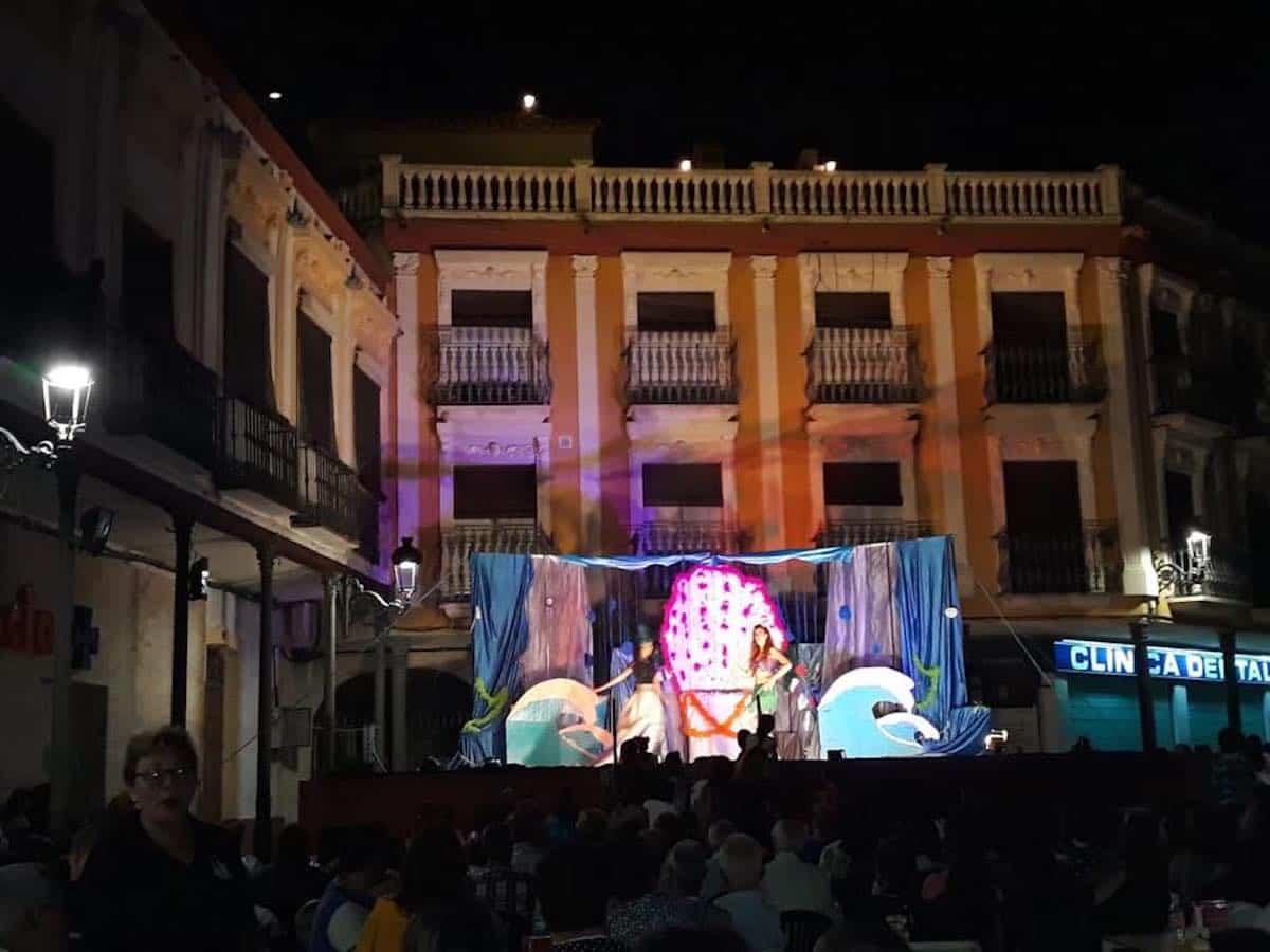 La plaza de España se llenó con el musical de La Sirenita 3