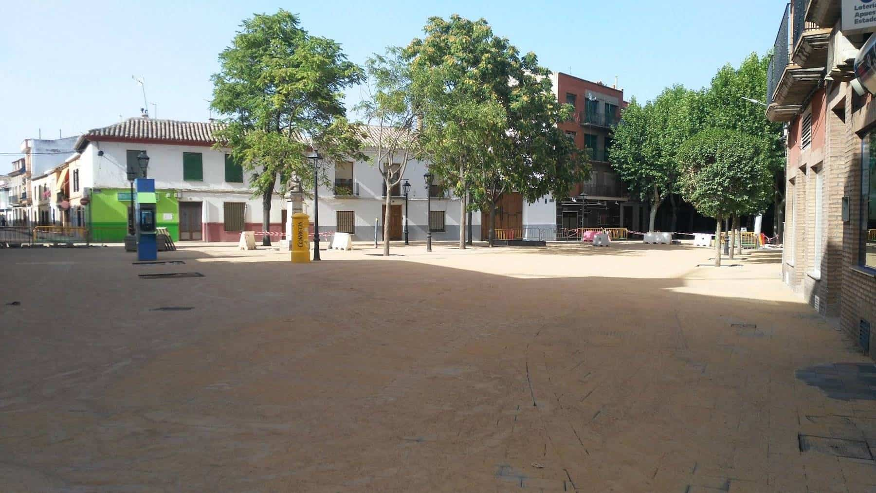 nueva plaza cervantes de herencia - La Plaza Cervantes de Herencia va tomando su nueva forma
