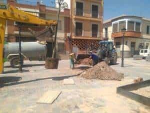 nueva plaza cervantes herencia ciudad real 5 300x225 - La nueva Plaza Cervantes de Herencia pronto finalizará sus obras